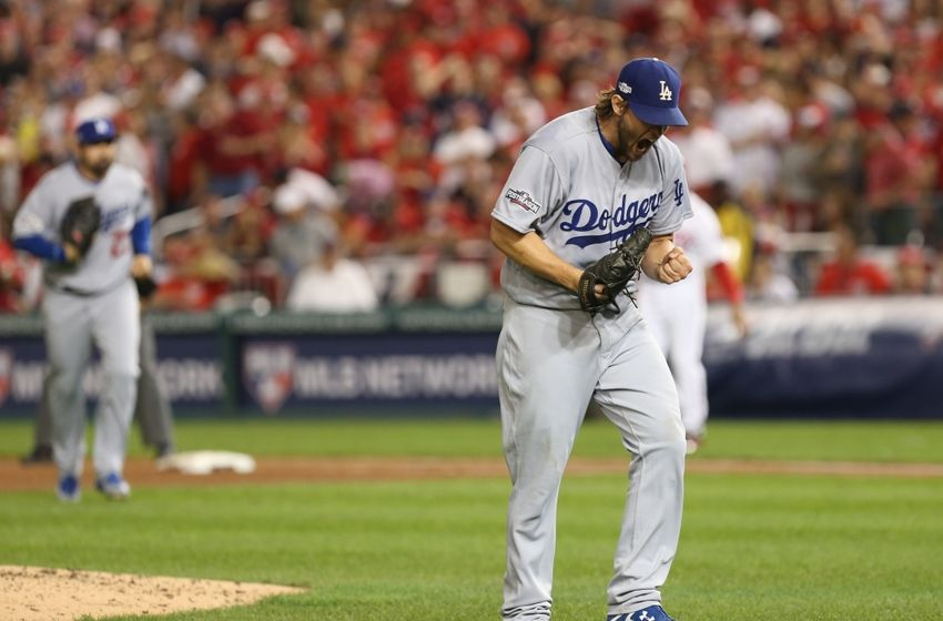 9593173-clayton-kershaw-danny-espinosa-mlb-nlds-los-angeles-dodgers-washington-nationals-850x560